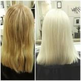 Kuvassa ennen ja jälkeen. Asiakas toivoi valkoista, ja sitä sitten tehtiin. -Sonja